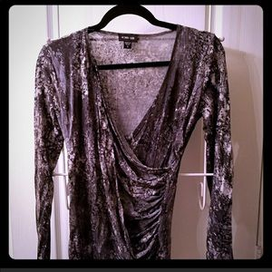Rowen Chen Silky Fitted Gorgeous Shirt Size l